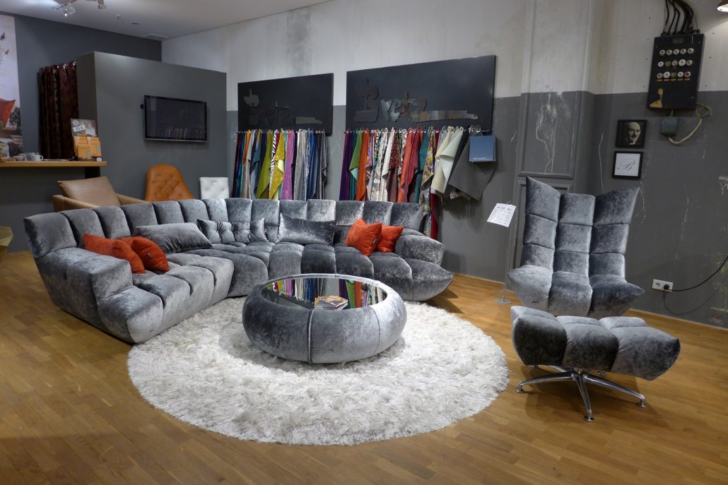bretz sofa cloud 7 bald im kino bretz store d sseldorf. Black Bedroom Furniture Sets. Home Design Ideas