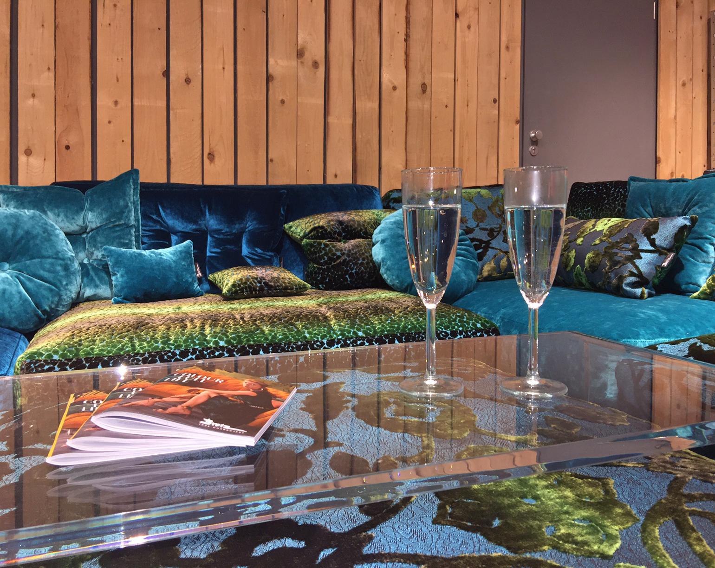 bretz sofa beratung stilwerk bretz store d sseldorf. Black Bedroom Furniture Sets. Home Design Ideas